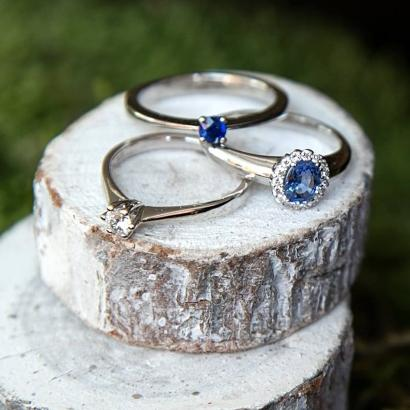 verlobungsringe-blauer-saphir