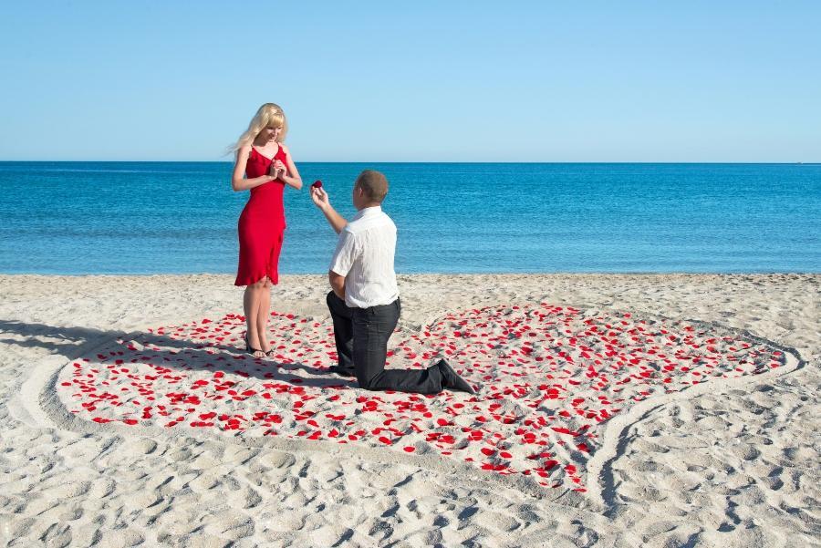 Den Ort gestalten heiratsantrag-am-strand