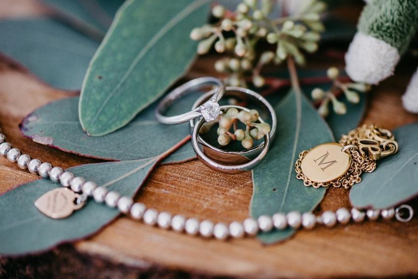 Hochzeitsschmuck - Hochzeitsfotograf finden