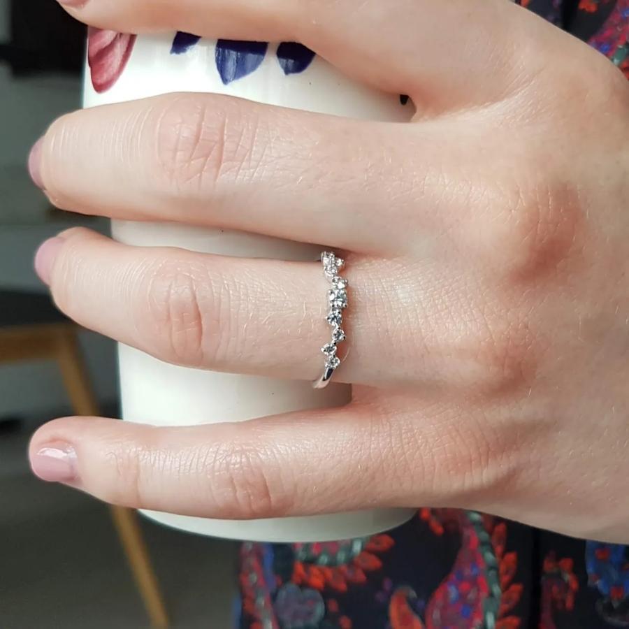 schmuckring-weissgold-amelie-0-23ct-diamant
