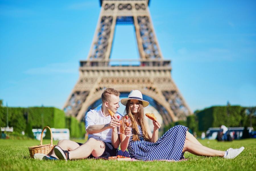 picknickkorb-paris heiratsantrag-in-paris