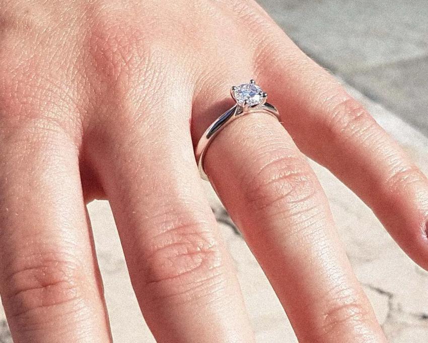 Terry 0,50 ct. Verlobungsring aus Weißgold mit Diamant (0,50 ct.)