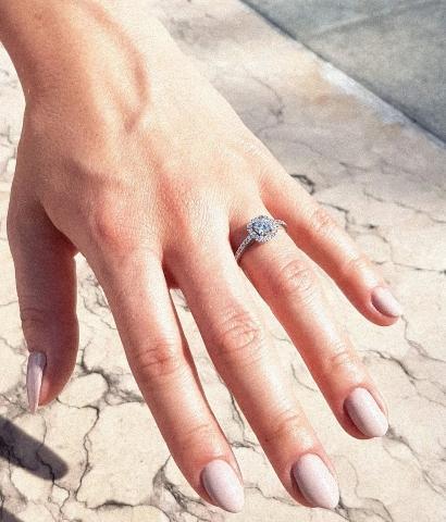 verlobungsring-platin-whispering-love-0-86-ct-diamant