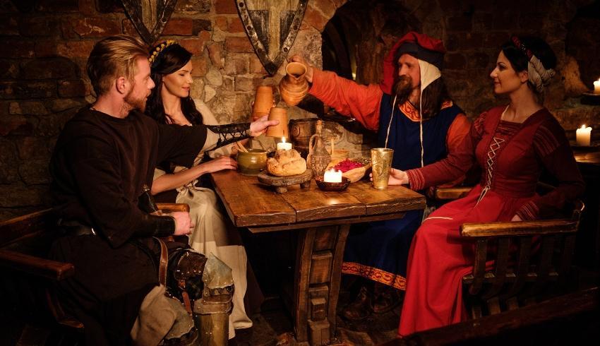 Mittelalterliche Kulisse, Taverne - Mittelalter-Hochzeit