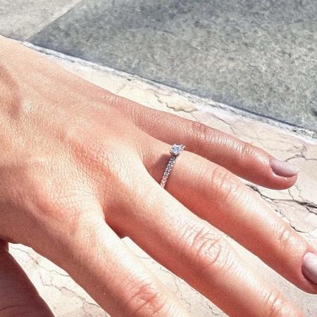 Verlobungsring L'amour | Weißgold mit Diamant (Gesamt: 0,26 ct.)