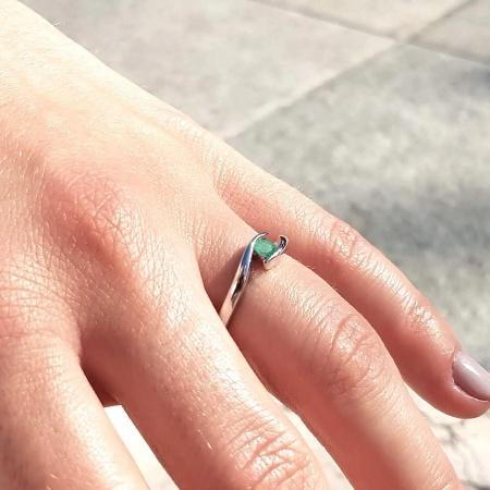 Summertime | Verlobungsring aus Roségold mit Grüner Smaragd (0,15 ct.)